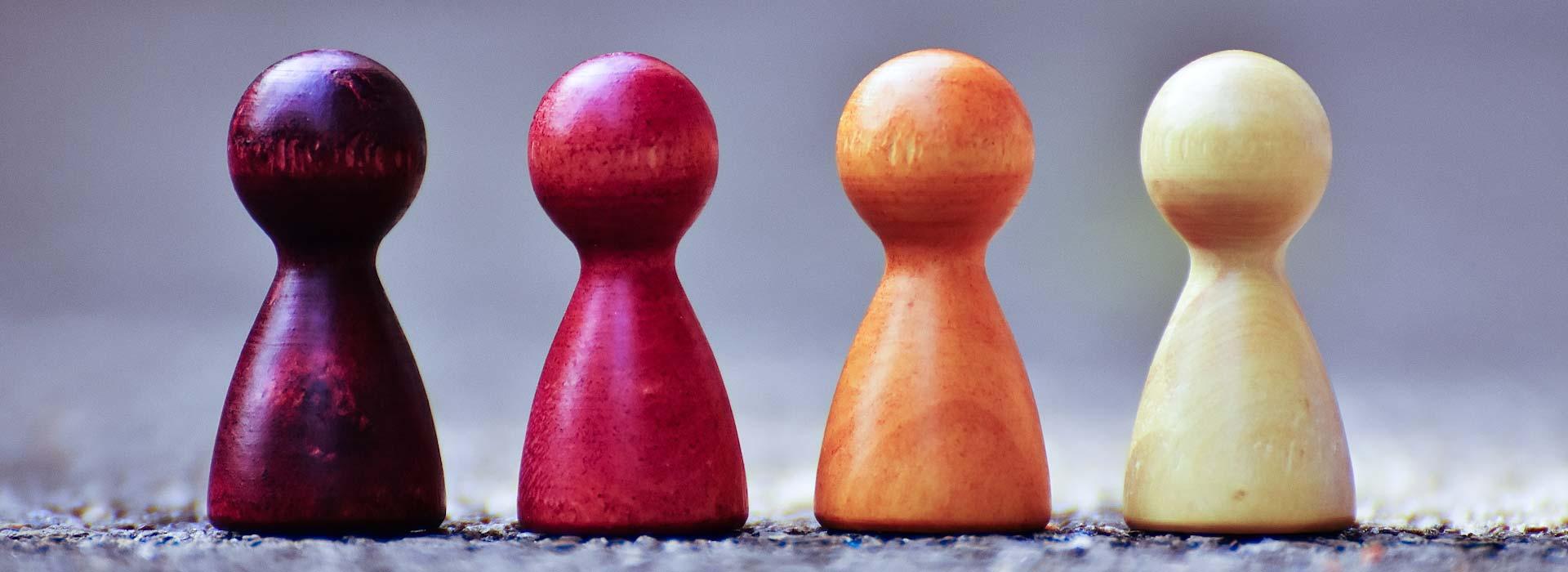 blog-psychotherapeut-spielfiguren-stehen-fuer-berufsgruppen
