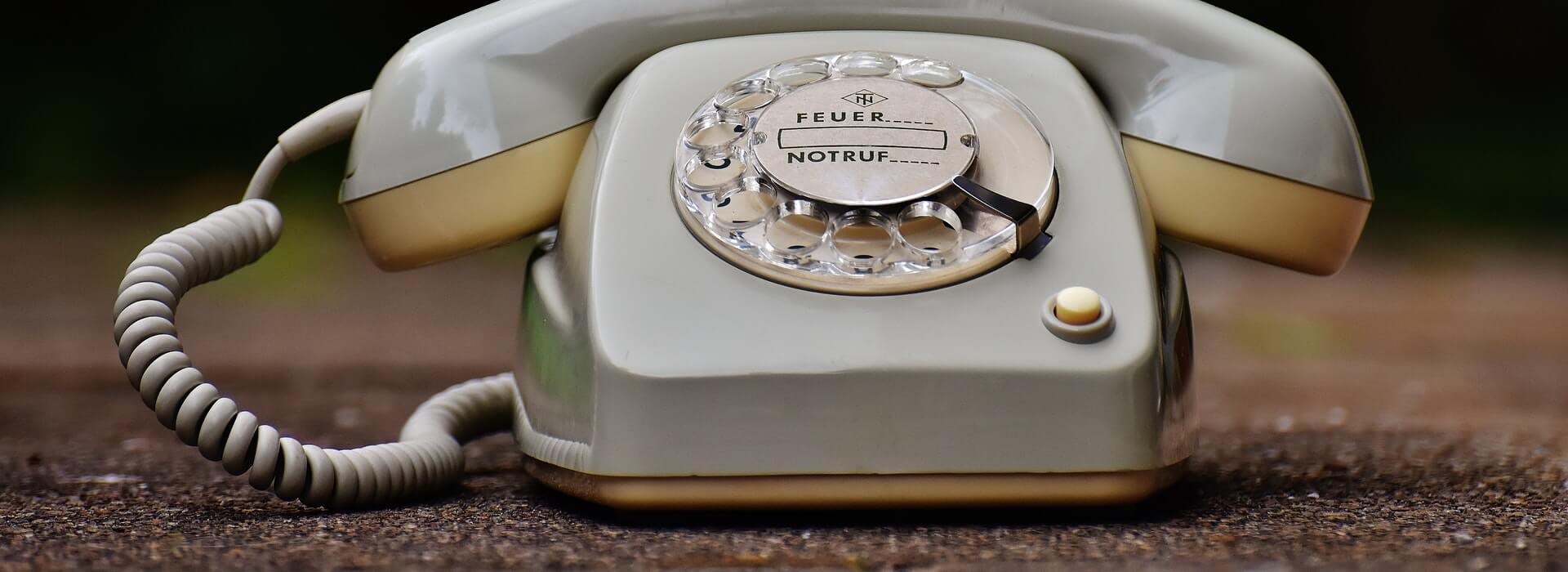 Corona-Covis-19-Hilfsangebot-Telefonnummer-Hotline